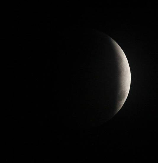 Lunar eclipse Tuesday, Dec. 21, 2010. Photo by Doug Hoke, The Oklahoman.