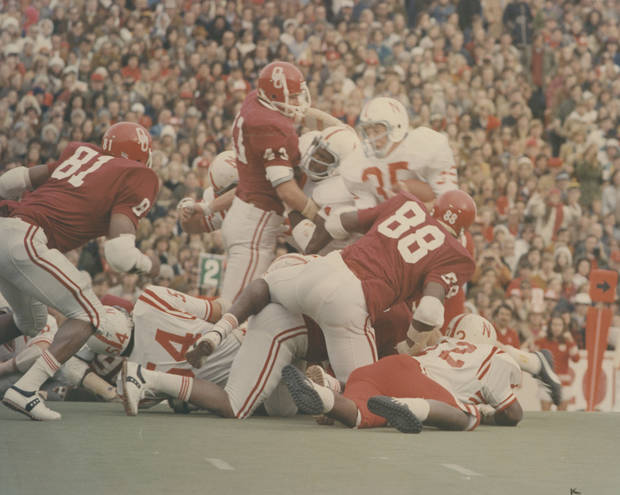 "Former Oklahoma defensive end Albert Qualls (81), shown here in the 1971 ""Game of the Century"" against Nebraska, died last week. He was 64. OKLAHOMAN ARCHIVE PHOTO"