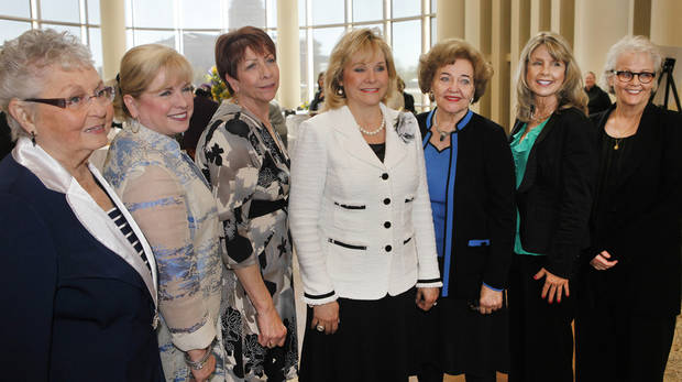 Gov. Mary Fallin, center, poses for a photo with the Oklahoma Women Hall of Fame 2013 Inductees Ida Blackburn, Linda Haneborg, Terri Watkins, Lou Kerr, Elaine Dodd and Nancy Miller. PHOTO BY DAVID MCDANIEL, THE OKLAHOMAN
