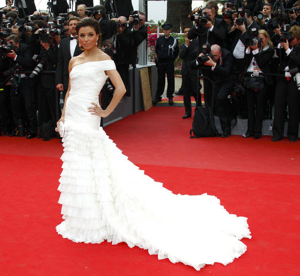 CANNES, FRANCE - MAY 12:  Eva Longoria attends the Opening Night Premiere of 'Robin Hood' at the Palais des Festivals during the 63rd Annual International Cannes Film Festival on May 12, 2010 in Cannes, France.  (Photo by Mike Marsland/WireImage)