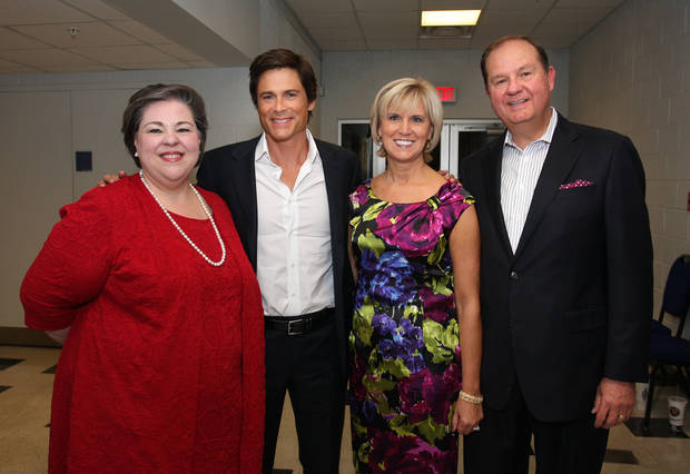 "Karrie Oerti, actor Rob Lowe and Donna and Bruce Lawrence pose at the ""An Evening With Rob Lowe'' sponsored by Integris Women's Health Forum."