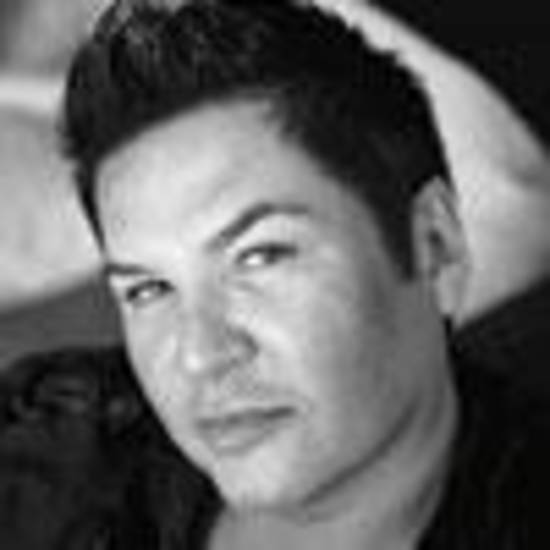 Eric Jimenez, national makeup artist for Urban Decay