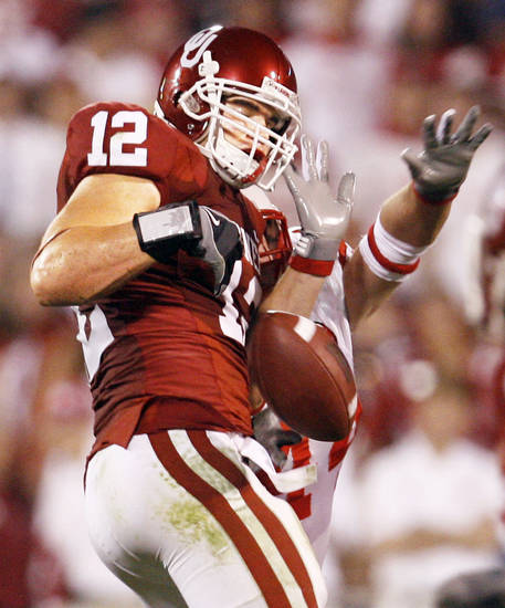 OU linebacker Austin Box is an Enid graduate.  Photo by nate billings,  the oklahoman