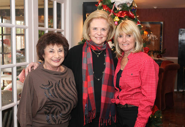 Judy Lehmbeck, Pam Smith, Sue Magness. Photo by David Faytinger for the Oklahoman____