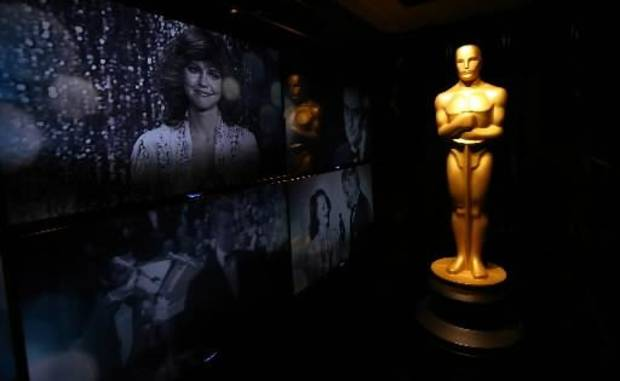 An Oscar statue is seen in front of the Oscar Green Room for the 85th Academy Awards in Los Angeles, Thursday, Feb. 21, 2013. The Academy Awards are tonight. (AP)