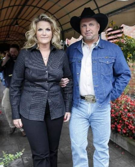 Trisha Yearwood and Garth Brooks (Associated Press file photo)