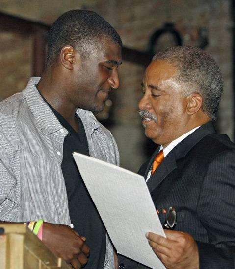 Ardmore mayor John Moore (right) presents Jusin Blackmon with a proclamation declaring &quot;Justin Blackmon Day &quot; in Ardmore on Saturday, April 23, 2011, in Ardmore, Okla. Photo by Steve Sisney, The Oklahoman &lt;strong&gt;STEVE SISNEY&lt;/strong&gt;
