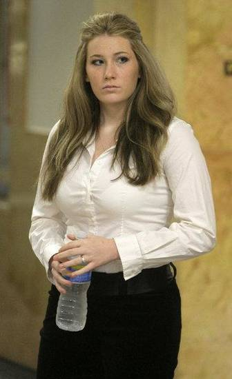 Amber Hilberling arrives at the Tulsa County Courthouse for a preliminary hearing Wednesday. MIKE SIMONS/Tulsa World