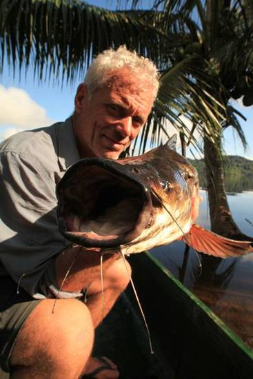Jeremy Wade with catfish in Wagu.