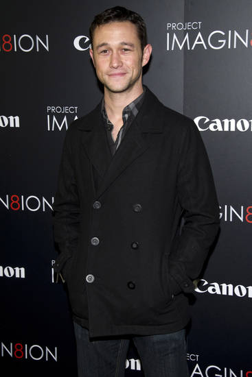 "Joseph Gordon Levitt attends the premiere of ""When You Find Me,"" inspired by Canon�s ""Project Imagin8ion"" contest, in New York, Tuesday, Nov. 15, 2011. (AP Photo/Charles Sykes)"
