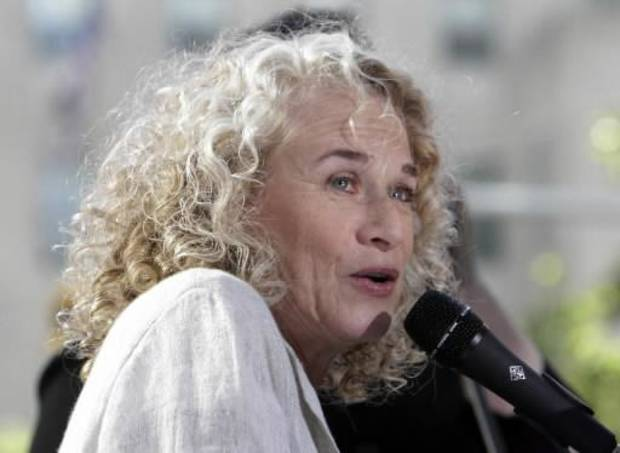 "Carole King performs on the NBC ""Today"" television program with James Taylor in New York Friday, June 18, 2010. (AP)"