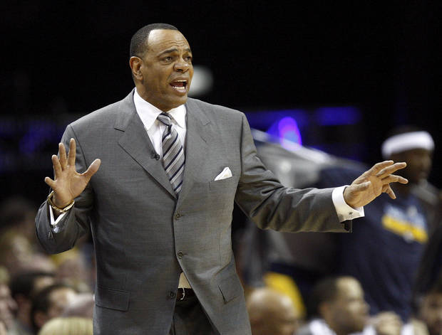 Memphis coach Lionel Hollins gives instructions to his players during Game 3 in the second round of the NBA basketball playoffs between the Oklahoma City Thunder and Memphis Grizzles at the FedExForum in Memphis, Tenn.,  Saturday, May 11, 2013. Photo by Nate Billings, The Oklahoman