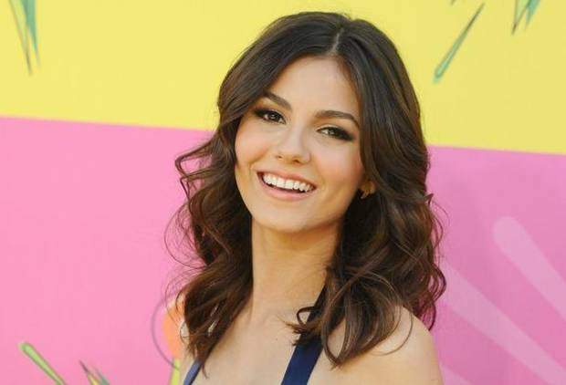 Victoria Justice arrives at the 26th annual Nickelodeon's Kids' Choice Awards on Saturday, March 23, 2013, in Los Angeles. (AP)