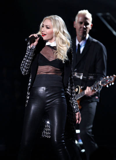 Gwen Stefani and No Doubt perform �Looking Hot� at the 40th Annual American Music Awards on Sunday, Nov. 18, 2012, in Los Angeles. (Photo by Matt Sayles/Invision/AP)