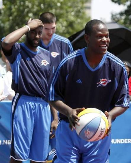 Robert Vaden (right) was a a 2009 draft pick of the Oklahoma City Thunder.