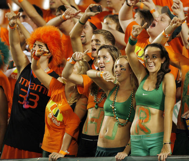 Miami fans cheer before the college football game between the University of Oklahoma (OU) Sooners and the University of Miami (UM) Hurricanes at Land Shark Stadium in Miami Gardens, Florida, Saturday, October 3, 2009. Photo by Nate Billings, The Oklahoman