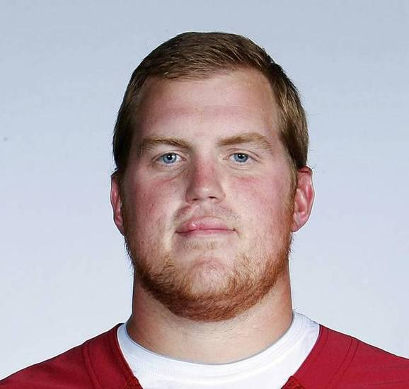 Oklahoma offensive lineman Austin Woods