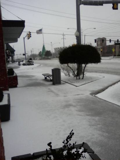 Sleet falls at NW 39th Expressway in Bethany around 10:30 am Thursday, Dec. 24.  Photo submitted to NewsOK.com by Julie Kelly