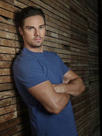 Beauty and the Beast -- Pictured: Jay Ryan as Vincent — Photo: Frank Ockenfels /The CW -- © 2013 The CW Network, LLC. All rights reserved.