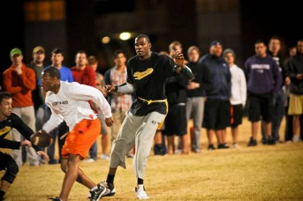 Kevin Durant plays intramural flag football at Oklahoma State University, Oct. 31, 2011. Photo by KT King, with permission. (@shuttrking)