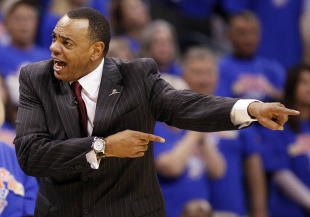 Memphis head coach Lionel Hollins gives instructions to his team in the second half during game 7 of the NBA basketball Western Conference semifinals between the Memphis Grizzlies and the Oklahoma City Thunder at the OKC Arena in Oklahoma City, Sunday, May 15, 2011. The Thunder won, 105-90. Photo by Nate Billings, The Oklahoman