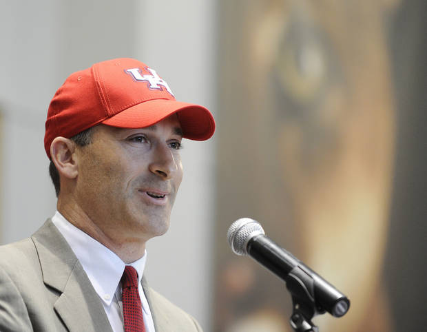 <b>21. TONY LEVINE, HOUSTON</b> <br />  Tony Levine replaces Kevin Sumlin. The Cougars elevated Levine, despite a limited resume. As recently as 2003, Levine wasn't even coaching; he was director of football operations at Louisville. Has never been so much as a coordinator.