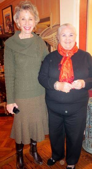 Ann Felton Gilliland and Peg Malloy were at the event. (Photo by Helen Ford Wallace).