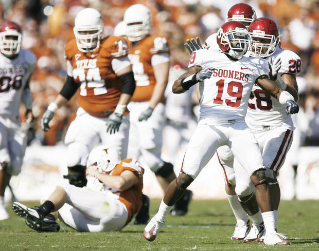 OU cornerback Demontre Hurst will step in as a starter next season.  PHOTO BY BRYAN TERRY,  THE OKLAHOMAN