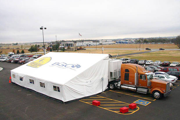 A Oklahoma Baptist Disaster Relief feeding site is is set up near a rural Oklahoma area ravaged by wildfires.   Photo provided <strong></strong>