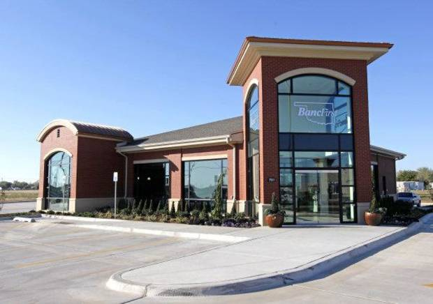 An exterior view of a new BancFirst branch at 701 SW 19th in Moore, Okla., Monday, Oct. 31, 2011. Photo by Nate Billings, The Oklahoman ORG XMIT: KOD