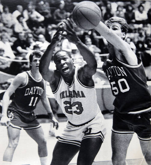 Former OU basketball player Wayman Tisdale. Wayman Tisdale battles Jeff Zern of Dayton for a loose ball in Saturday's 89-85 NCAA Tournament loss to the Flyers. 3-18-84 ORG XMIT: KOD