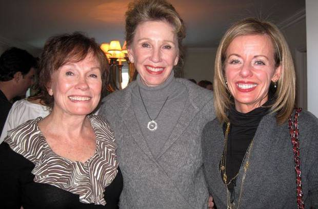 Marilyn Torbett, Ann Felton Gilliland, Penny McCaleb talk at the party in the home of Marilyn and Gene Torbett.  (Photo by Helen Ford Wallace).