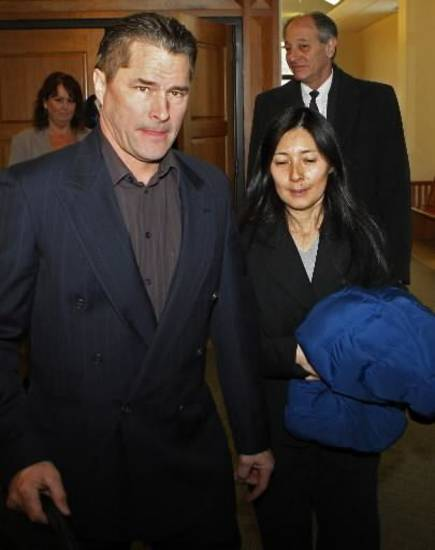 Richard Heene and Mayumi Heene in court. (AP Photo/Ed Andrieski)