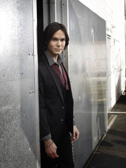 "PRETTY LITTLE LIARS - Tyler Blackburn stars as Caleb Rivers on ABC Family's ""Pretty Little Liars."" (ABC FAMILY/MATHIEU YOUNG)"