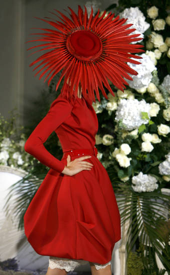 A model presents a creation by British fashion designer John Galliano for Dior's Haute Couture Fall Winter 2009-2010 fashion collection, presented Monday, July 6, 2009 in Paris. (AP Photo/Jacques Brinon)  ORG XMIT: XJB116