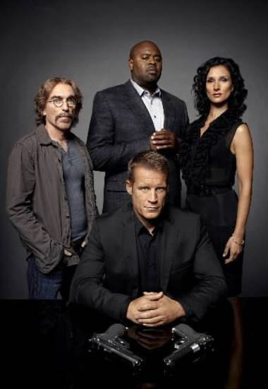 "HUMAN TARGET: Chance ( Mark Valley, front center) reunites with Guerrero (Jackie Earle Haley, L) and Winston (Chi McBride, C) and joins forces with Ilsa Pucci (Indira Varma, R) in the HUMAN TARGET Season Two premiere episode ""Ilsa Pucci"" airing Wednesday, Nov. 17 on FOX."
