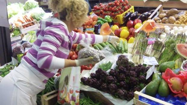 Fresh fruits and vegetables looked lucious at the Mercato Coperto!