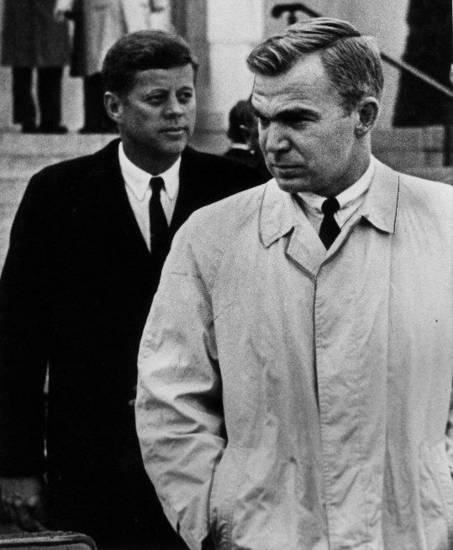 PRESIDENT JOHN F. KENNEDY / OKLAHOMA / GOVERNOR J. HOWARD EDMONDSON / SEN. ROBERT S. KERR FUNERAL / FUNERAL:  PRESIDENT JOHN F. KENNEDY AND OKLAHOMA GOVERNOR J. HOWARD EDMONDSON AT SEN. ROBERT S. KERR FUNERAL. (1-5-63) Staff Photo by  Cliff King