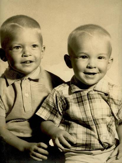 ken and charles when they were little...<br/><b>Community Photo By:</b> mom and dad<br/><b>Submitted By:</b> Tama, Midwest