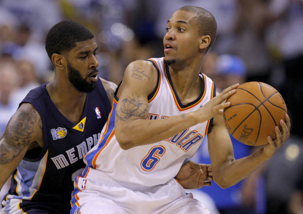 Oklahoma City's Eric Maynor (6) looks to get past O.J. Mayo (32) of Memphis during game five of the Western Conference semifinals between the Memphis Grizzlies and the Oklahoma City Thunder in the NBA basketball playoffs at Oklahoma City Arena in Oklahoma City, Wednesday, May 11, 2011. Photo by Bryan Terry, The Oklahoman