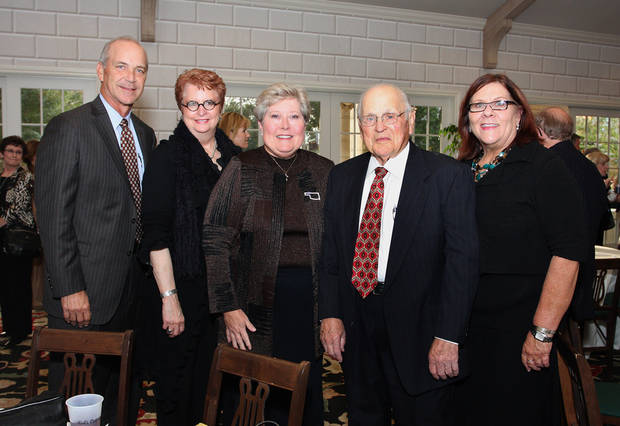 Justice Douglas Combs, Justice Yvonne Kauger, Jari Askins, Dale Reneau, Gayla Mitchell. Photo by David Faytinger__