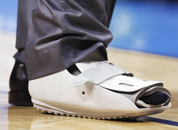 Kevin Durant wore this protective boot during Monday's game against the Dallas Mavericks. Photo by Nate Billings, The Oklahoman