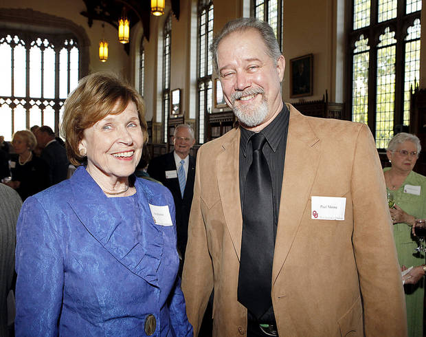 OU / RETIRE / RETIRING: Jane Harlow and artist Paul Moore attend a dinner honoring Sul Lee on his retirement as the dean of University of Oklahoma Libraries on Tuesday, April 24, 2012, in Norman, Okla.  Photo by Steve Sisney, The Oklahoman