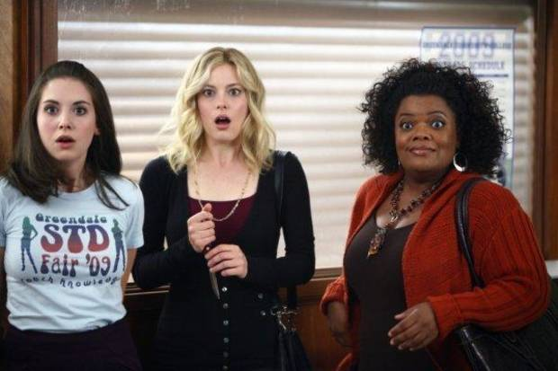 "COMMUNITY -- ""The Politics of Human Sexuality"" Episode 110 -- Pictured: (l-r) Alison Brie as Annie, Gillian Jacobs as Britta, Yvette Nicole Brown as Shirley -- NBC Photo: Trae Patton"