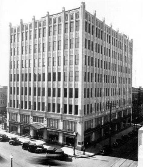 Architect Frank C. Walter designed the Halliburton-Abbott Building, built in 1929 at the corner of Fifth and Boulder in Tulsa. This building was torn down in 1980. PHOTOs PROVIDED BY TULSA FOUNDATION FOR ARCHITECTURE