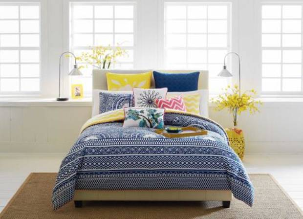The home collection is an extension of the existing CYNTHIA Cynthia Rowley line that includes apparel, accessories and shoes. (PRNewsFoto/Belk, Inc.)