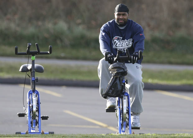New England Patriots outside linebacker Jerod Mayo (51) rides an exercise bicycle prior to NFL football practice in Foxborough, Mass., Tuesday, Nov. 20, 2012. (AP Photo/Charles Krupa)