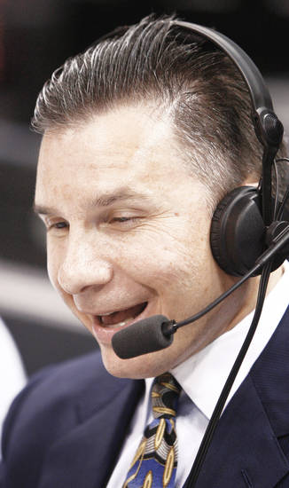 Thunder radio voice Matt Pinto is beginning his 20th season as an NBA broadcaster. Photo by BRYAN TERRY, THE OKLAHOMAN archive