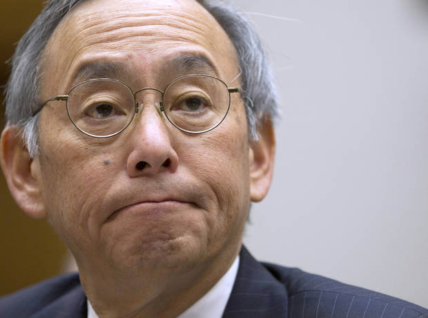 FILE - In this Nov. 17, 2011 file photo, Energy Secretary Steven Chu testifies on Capitol Hill in Washington. On Friday, the White House announced that Chu would be resigning his post.  (AP Photo/Evan Vucci, File)