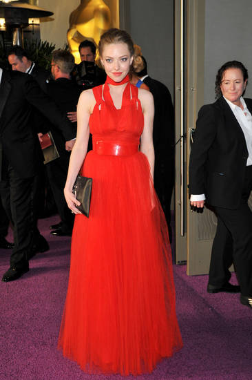 Actress Amanda Seyfried poses at the Governor's Ball following the Oscars at the Dolby Theatre on Sunday Feb. 24, 2013, in Los Angeles. (Photo by Vince Bucci/Invision/AP) ORG XMIT: CAPM648 <strong>Vince Bucci - Vince Bucci/Invision/AP</strong>